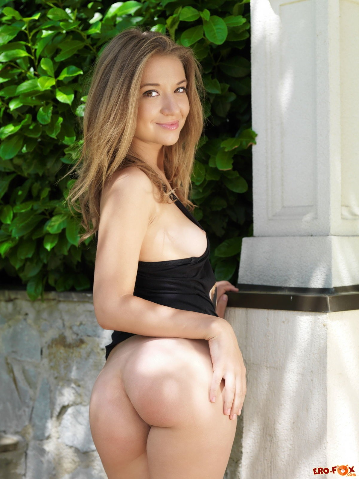 Шикарная грудь упругая попка сексуальное тело